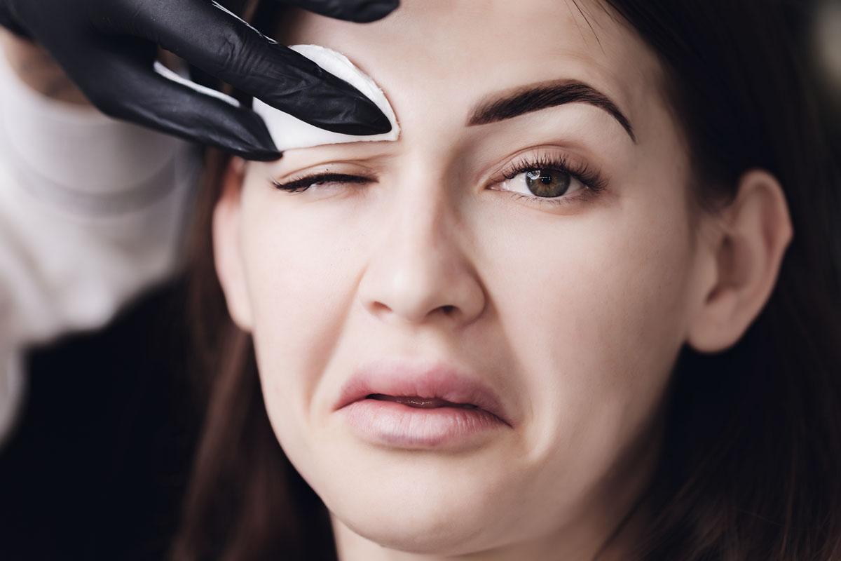5 errores comunes a la hora de cuidar tu cejas. 3